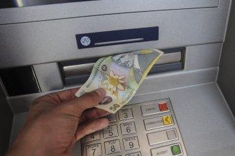 Pénteken hagyják jóvá a minimálbér-emelést: a munkaügyi miniszter szerint a rendelkezés január elsejétől lép életbe