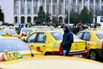 Tiltakoztak a taxisok – a Clever és az Uber korrekt bánásmódot vár