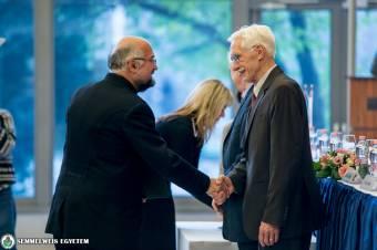 Genersich-díj Ábrám Zoltán marosvásárhelyi professzornak