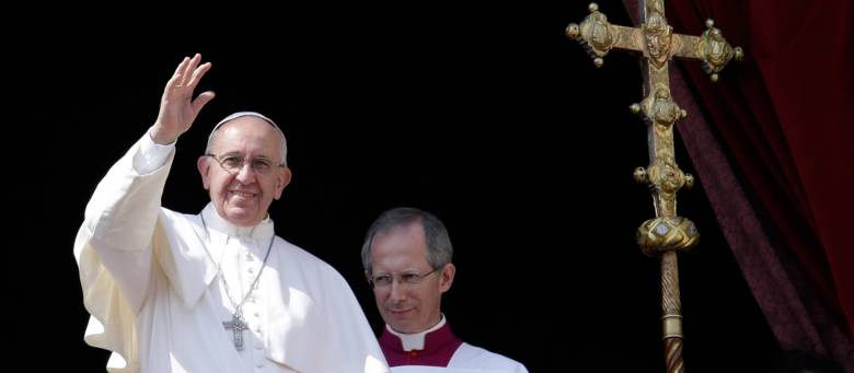 Emberségesebb és békés világot sürgetett a katolikus egyházfő karácsonyi beszédében