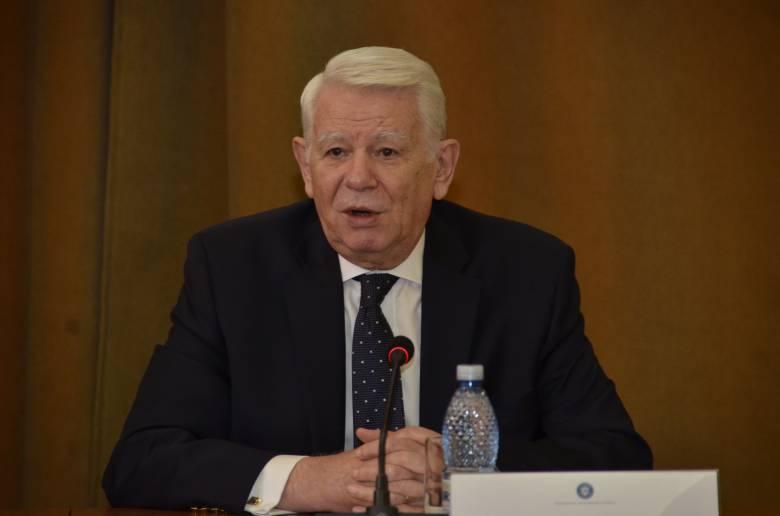 """Új párt élén folytatja politikai """"karrierjét"""" Teodor Meleșcanu"""