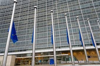 Brüsszel államháztartási hiánya lefaragására szólította Magyarországot és Romániát