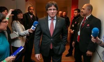 A belga bíróság felfüggesztette a katalán vezetők kiadatási eljárását
