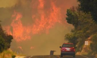 Óriási erdőtüzek pusztítanak az Egyesült Államokban és Kanadában