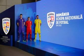 """Megosztó identitásfrissítés: össztűz zúdul a román futballválogatott """"címercsúfoló"""" új logójára"""