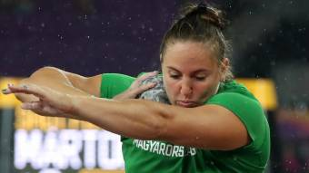 Márton Anita elégedett a súlylökésben szerzett világbajnoki ezüstérmével