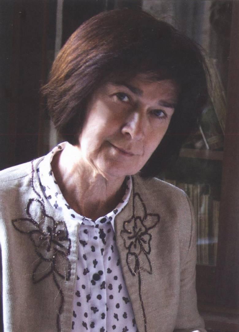 Mindig lapulnak jó írók az olvasók között – interjú Egyed Emesével