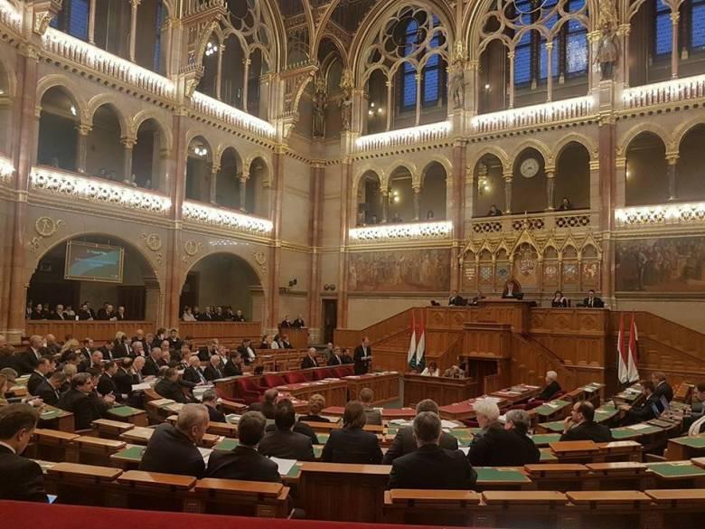 A vallásszabadság napjává nyilvánította január 13-át az Országgyűlés