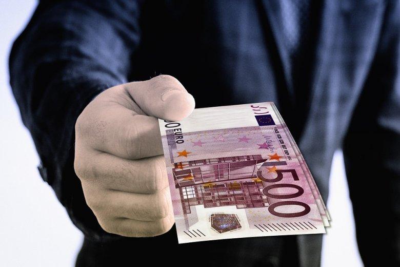 Plumb: Románia 5,6 milliárd euró támogatást hívott le, és ezzel uniós szinten a 18. helyen váll