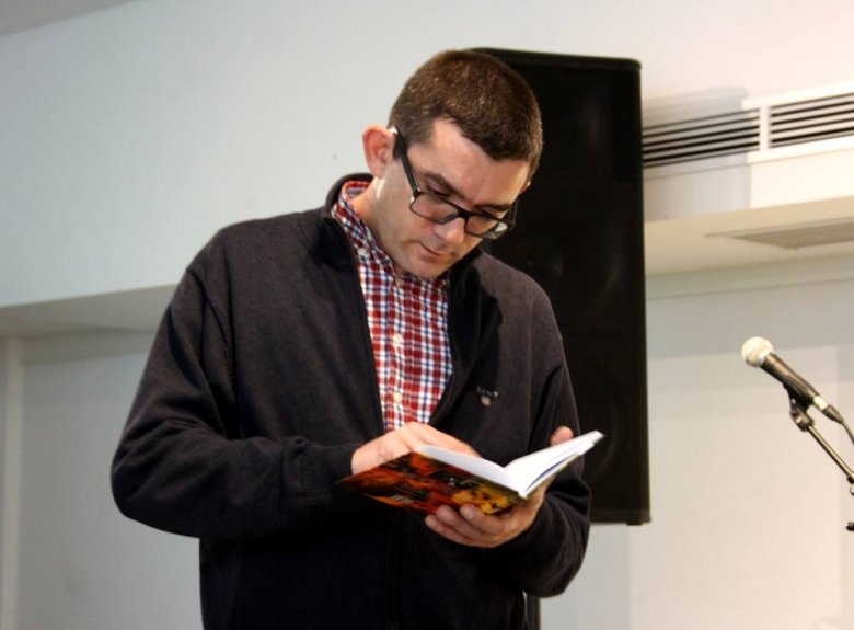 Szervesülő közeg a Kárpát-medencei irodalom – interjú a friss József Attila-díjas Karácsonyi Zsolt költővel