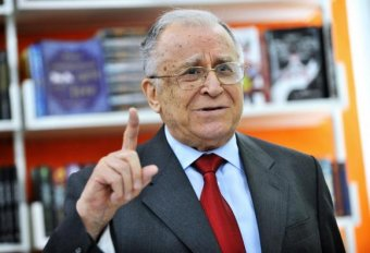 Ion Iliescu: pontról pontra teljesítettük a forradalom célkitűzéseit