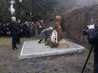 Emlékhely a Duna-delta munkatáboraiban raboskodó mezőfelei ötvenhatosok tiszteletére