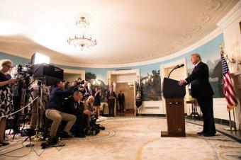 """Donald Trump: zajlanak a """"rendkívül magas szintű"""" közvetlen tárgyalások Észak-Koreával"""