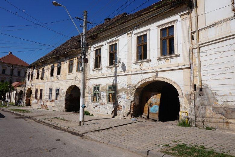 Birtokba vette a református egyház a nagyenyedi Bethlen Gábor Kollégium tanári lakásait