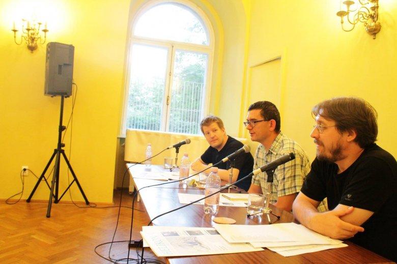 Román–magyar párbeszédet segítő irodalom: a bukaresti Balassi Intézetben mutatkozott be a kolozsvári Helikon