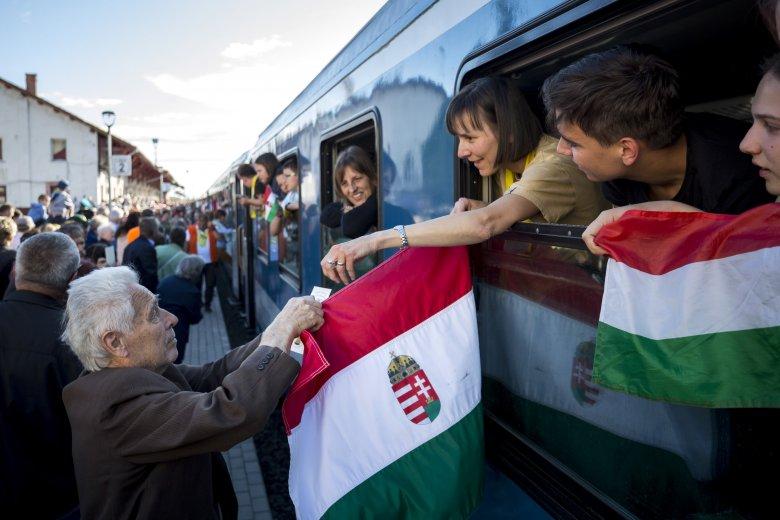 Zarándokvonat indul a csíksomlyói pápai misére Budapestről