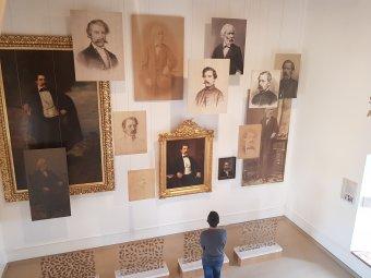 Teljesen megújul a nagyszalontai Arany-palota: új kulturális központ létesül a Csonkatorony szomszédságában