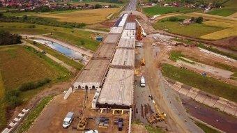 """Bezárhat az """"autópálya-múzeum"""" – a hónap végén csaknem 10 kilométerrel bővülhet az észak-erdélyi sztráda"""