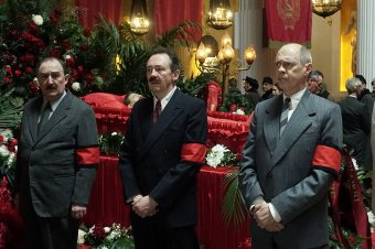 Így nevessük ki a kommunista diktátorokat – kritika a Sztálin halála című filmről