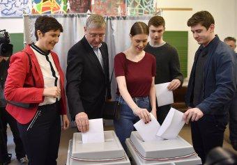Elvenné a határon túliak szavazati jogát az anyaországi ellenzék