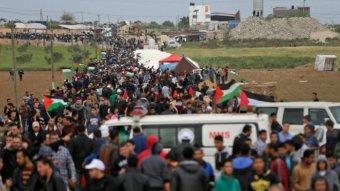 Halálos áldozatai is vannak a gázai határnál zajló negyedik palesztin tüntetésnek