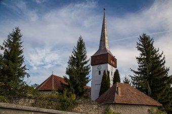 Unitárius templomok újulnak meg Kolozs megyében