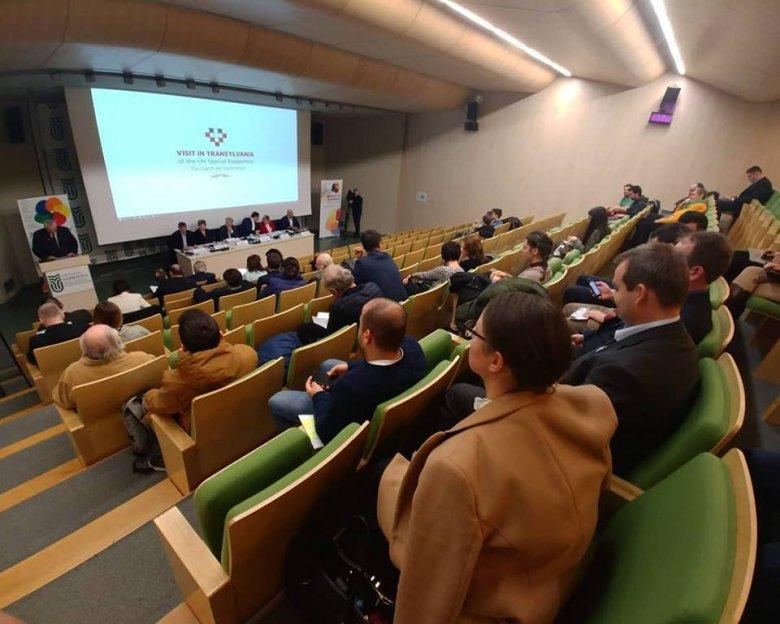 Az ENSZ kisebbségügyi különmegbízottja tartott előadást a Sapientia EMTE kolozsvári karán megrendezett konferencián