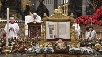 A Romániába készülő Ferenc pápa szerint a karácsony üzenetét csak akkor érthetjük meg, ha Isten és embertársaink elébe megyünk