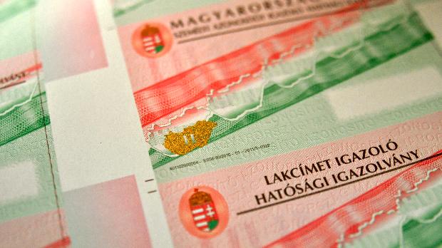 Polgármesterek ellen is vádat emeltek a honosított romániaiak és szerbiaiak hamis lakcímbejelentései ügyében