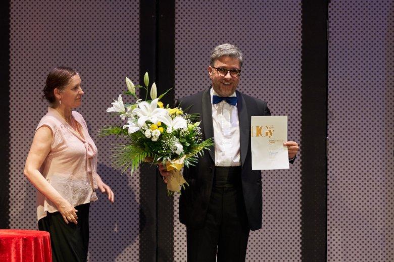 Szeretetből is lehet színházat csinálni – Rappert-Vencz Gábor színművész a szerepformálás kulisszatitkairól