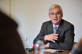 Tőkés László egyetemmentést és fogolyszabadítást szorgalmaz