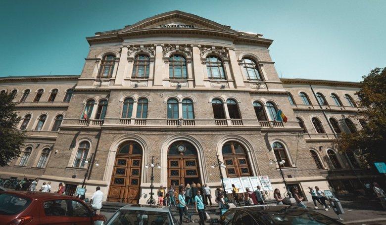 Ellenzik a nyugdíjkorhatár kitolását a legrangosabb romániai egyetemek