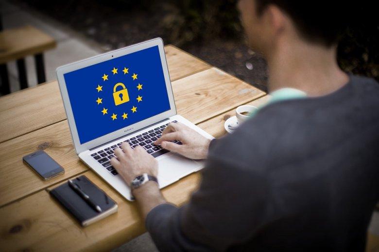 Románia uniós élmezőnyben az adatvédelmi bírságok számát tekintve