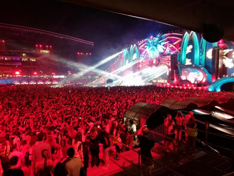 Cîţu az oltáskampány sikerességétől teszi függővé a koncertek, fesztiválok szervezését