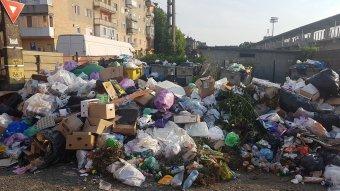 Szeméthalmok Arad megyében: katasztrófahelyzetet hirdetett az áldatlan állapotok miatt a prefektúra