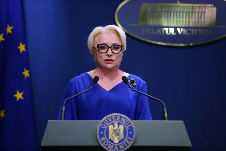 Fenyeget és pénzt ígérget Dăncilă a bizalmi szavazás előtt