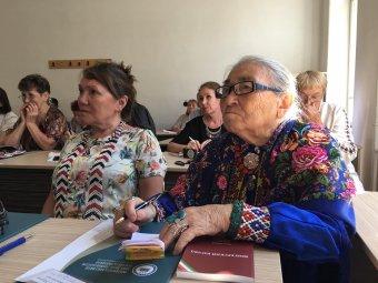 Távoli, mégis közeli nyelvrokonok Kolozsváron: az Uralon túlról is jöttek vendégek a Finnugor Írók Szövetségének kongresszusára