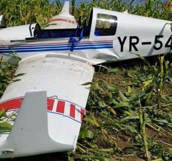 Amerikai férfi hajtott végre kényszerleszállást gépével a kukoricásban Maros megyében