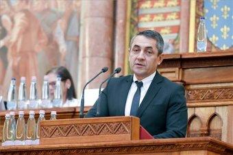 Egymilliárd forintos támogatás a diaszpóra magyarságának