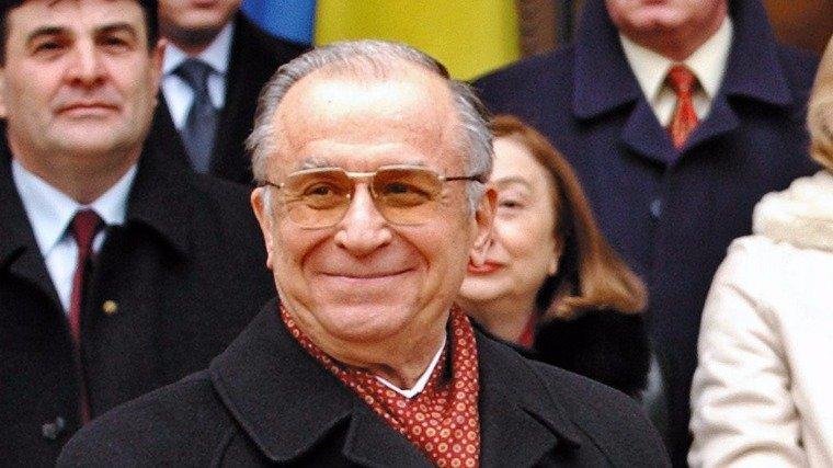 Alig kezdődött el, máris 2020-ra halasztották Ion Iliescu perét az 1989-es forradalom ügyében