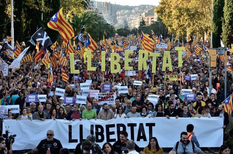 Brüsszel nem tud mit kezdeni az autonómiákkal – Benyhe István diplomata a spanyolországi baszkok és katalánok önrendelkezéséről