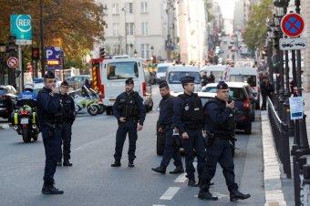 Lövöldözés volt egy párizsi kórháznál, egy ember meghalt