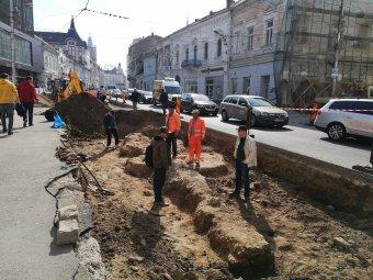 Újabb részeit találták meg Kolozsvár középkori városkapujának