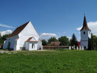 Lerótt tartozás: átadták Kökösben a Rómer Flóris-terv keretében felújított unitárius templomot