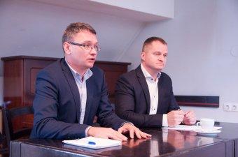 Pártfúzióval biztosítaná a politikai alternatívát az EMNP és az MPP