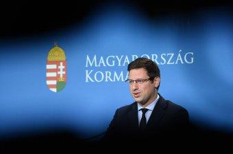 Országgyűlés: kémkedéssel hozták összefüggésbe, hogy a Momentum román államfőjelöltet támogatott