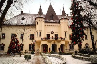 Karácsonyvarázs a Károlyi-kastélyban