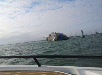 Elsüllyedt egy teherhajó Konstanca közelében, ketten meghaltak, egy személyt még keresnek