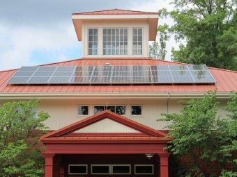 """Újabb """"zöld"""" programok a láthatáron: fűtésrendszerekre, napelemre, nyílászárókra ígér pénzt a kormány"""