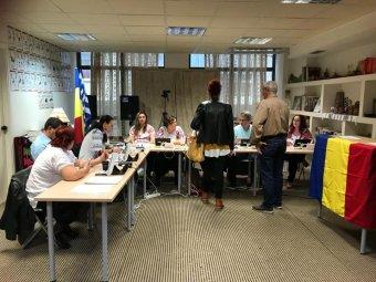Parlamenti választások: bármely határon túli szavazókörzetben leadhatják voksukat a külföldön élő romániaiak
